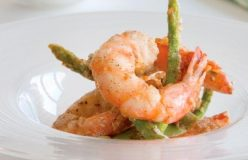 Salt and pepper prawns with asparagus
